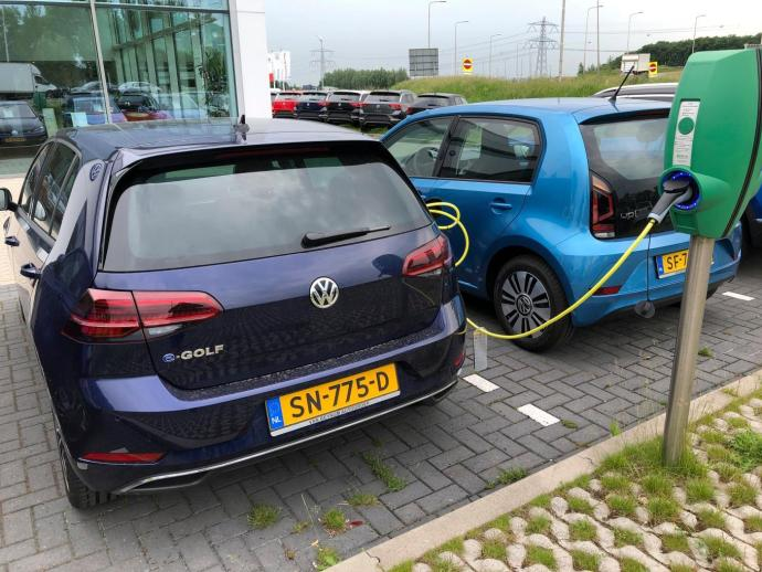 blog electric cars charging